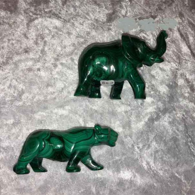 malechite-elephant panther carvings 2